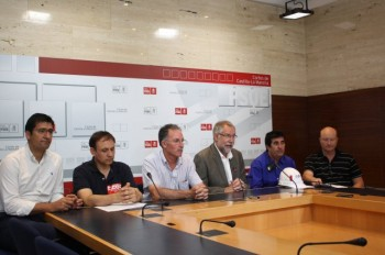 Reunión del Grupo Parlamentario Socialista con los representantes de los trabajadores de ENCASUR