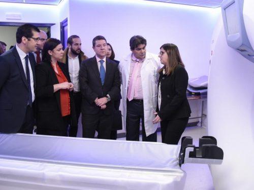 El PRESIDENTE GARCÍA PAGE INAUGURA UN NUEVO TAC EN EL HOSPITAL DE PUERTOLLANO